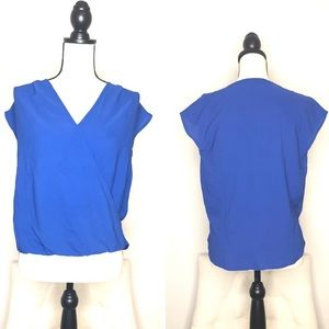 Gibson Blue Cross V-Neck Top in Sz XSP